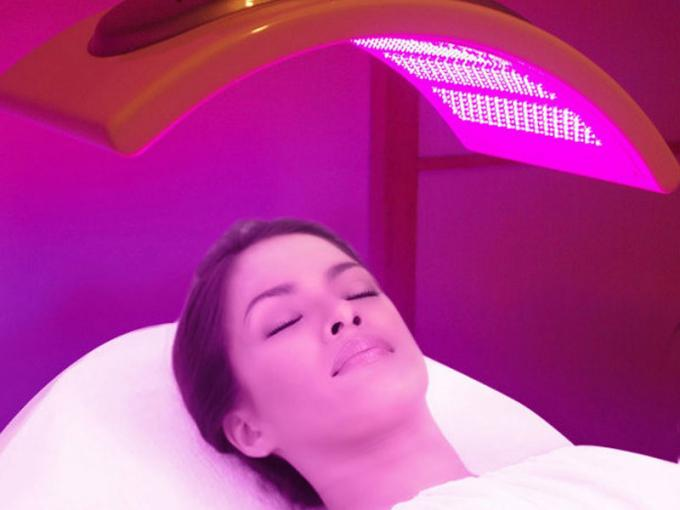 Anti - Aging Led Facial Light Therapy Machine 120mw / cm2 For Acne Treatment